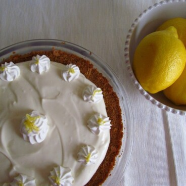 Lemon Cream Pie in a Cake Dish