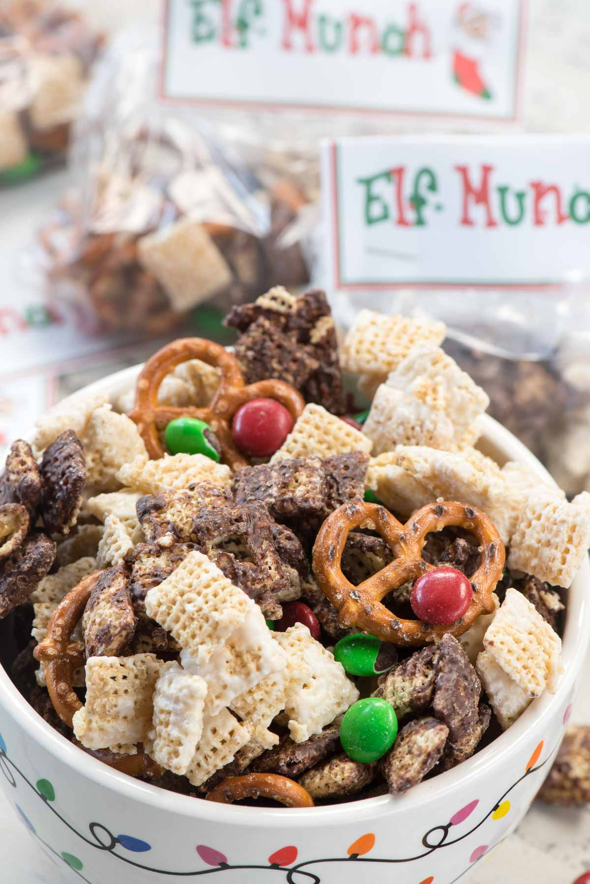 Elf Munch Snack Mix (Free Printable)