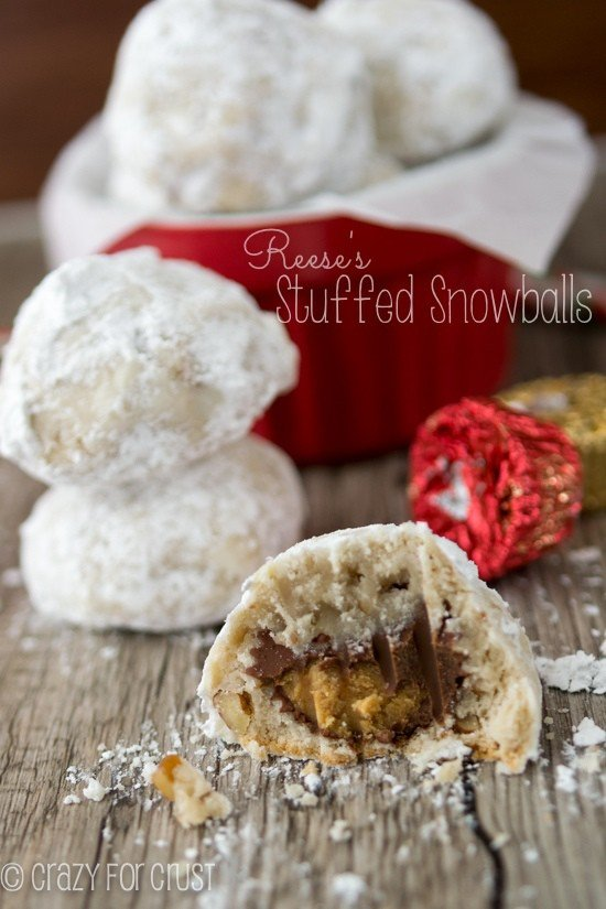 Reese's Stuffed Snowballs | crazyforcrust.com