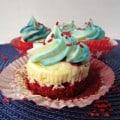 red velvet cheesecake small