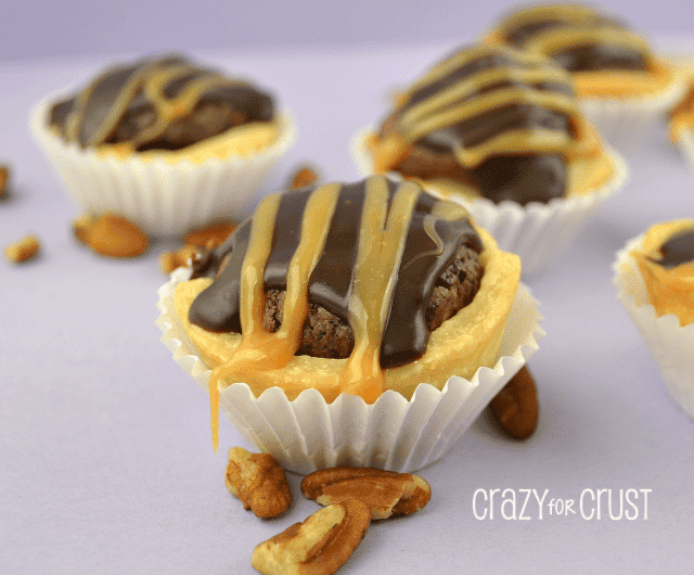 turtle brownie pies | crazyforcrust.com | #turtle #pie