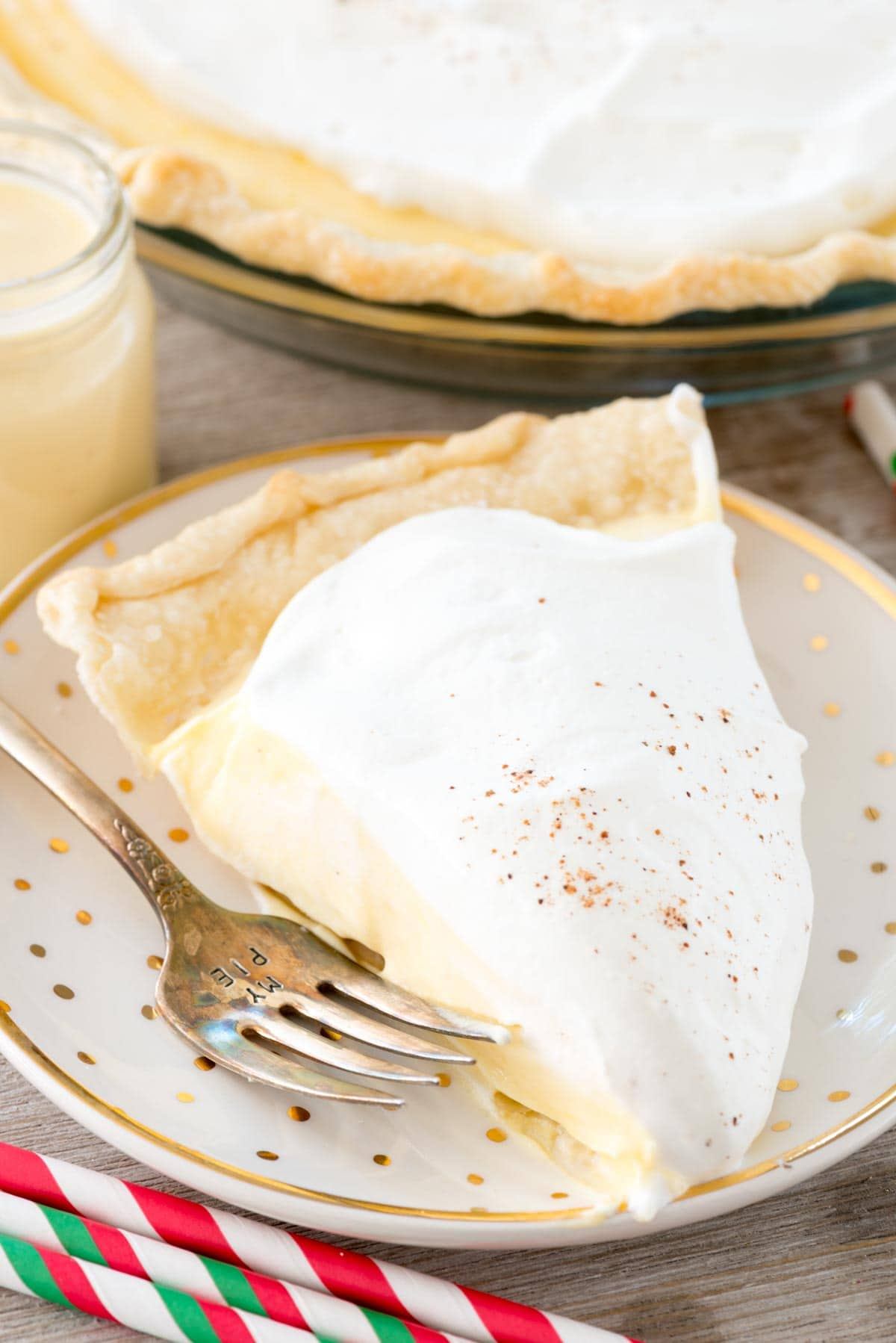 Easy Eggnog Pie - this cream pie recipe has only 4 ingredients! It's light and airy and tastes just like eggnog in a pie crust.