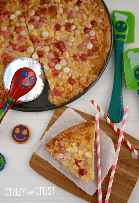 White Chocolate Macadamia Magic Pizza
