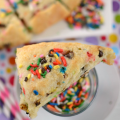 Funfetti-Chocolate-Chip-Scones-3-words