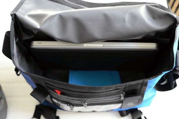 65cf0f18d2 Timbuk2 Snoop Camera Messenger Bag Review - Crazy for Crust