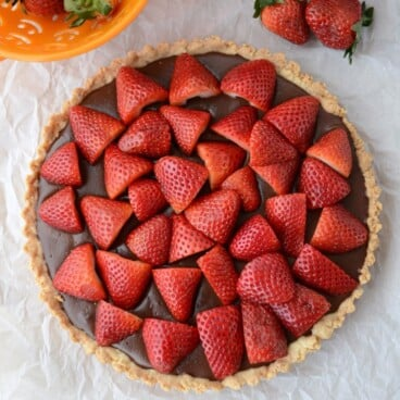 Nutella Strawberry Tart | Crazy for Crust