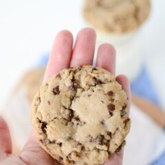bakery-style-chocolate-chip-cookies (3 of 6)
