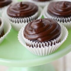 best-chocolate-cupcakes (3 of 9)