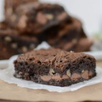healthier-chocolate-gooey-cake-bars (3 of 6)