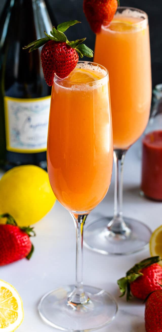 glass of lemon strawberry mimosa