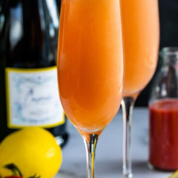 lemon strawberry mimosa
