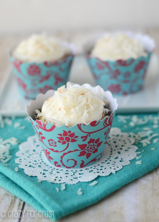 triple-coconut-cupcakes (4 of 6)