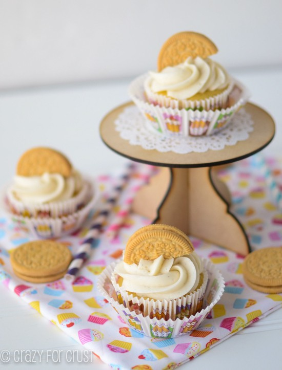 Banana Golden Oreo Cupcakes by www.crazyforcrust.com | Banana cake, Golden Oreo Crust, and Cream Cheese Frosting!