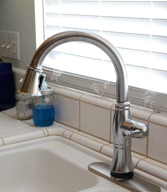 A Delta Faucet Inspired Kitchen Makeover #deltafaucetinspired