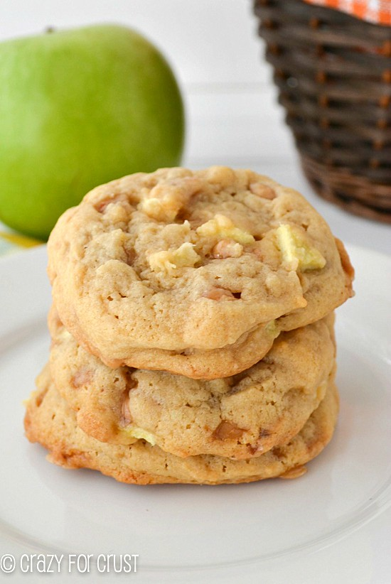 Perfect for Fall...these Apple Toffee Pudding Cookies are some of my favorites! www.crazyforcrust.com