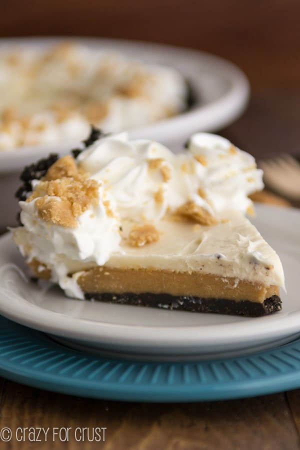 Peanut Butter Cookie Dough Cheesecake Pie (2 of 5)