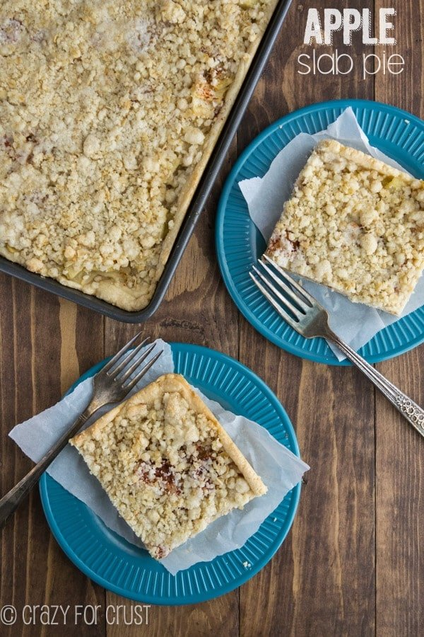 Apple Slab Pie - the perfect pie to feed a crowd!
