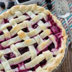 Lattice Blackberry Pie (3 of 7)w