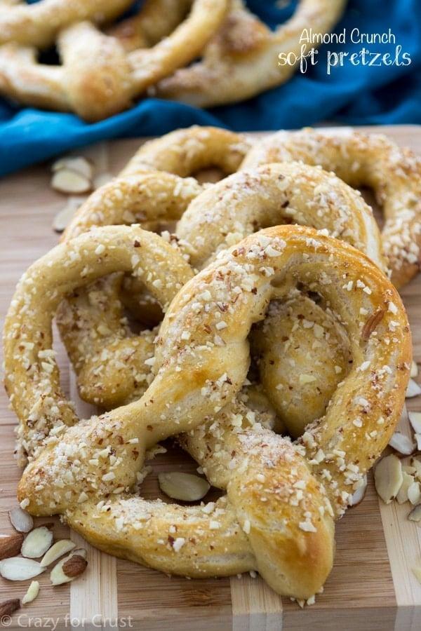 Almond Crunch Soft Pretzels - homemade soft pretzels with almond crunch topping, just liken the mall!