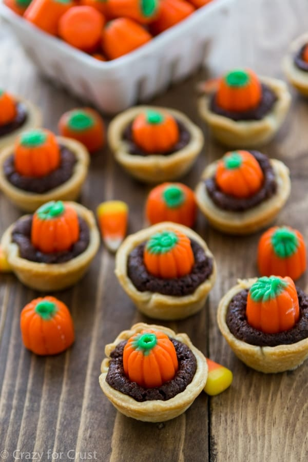 Candy Corn Brownie Pies made with homemade brownie mix and candy corn pumpkins!
