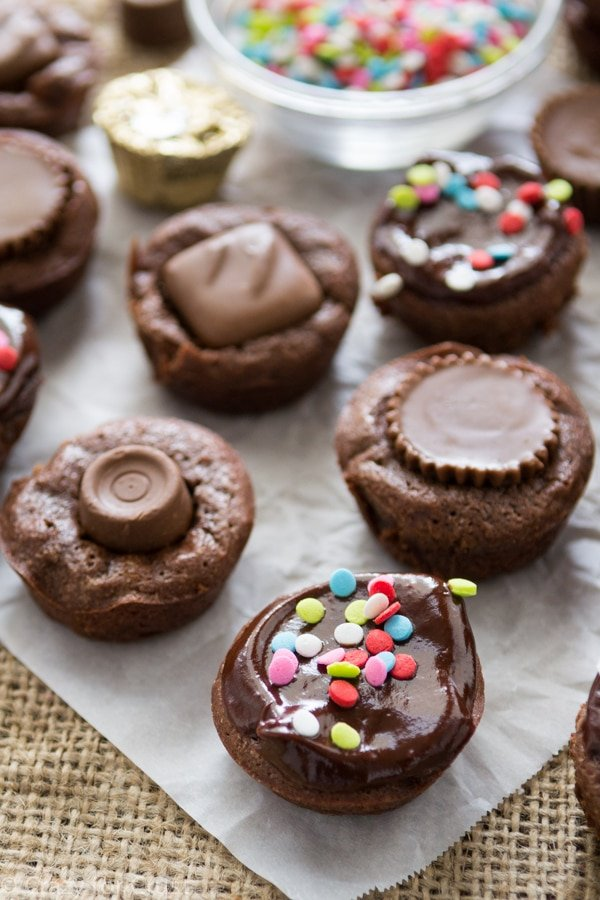 brownie bites with ganache and candy