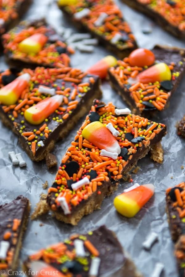 Halloween Toffee Bark (5 of 7)
