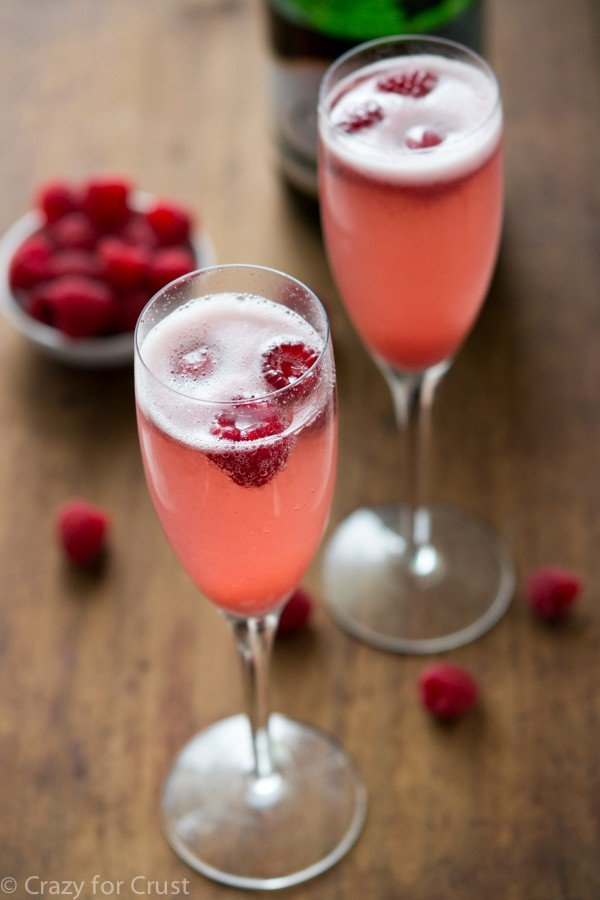 Champagne punch bellini crazy for crust for Champagne mixed drinks