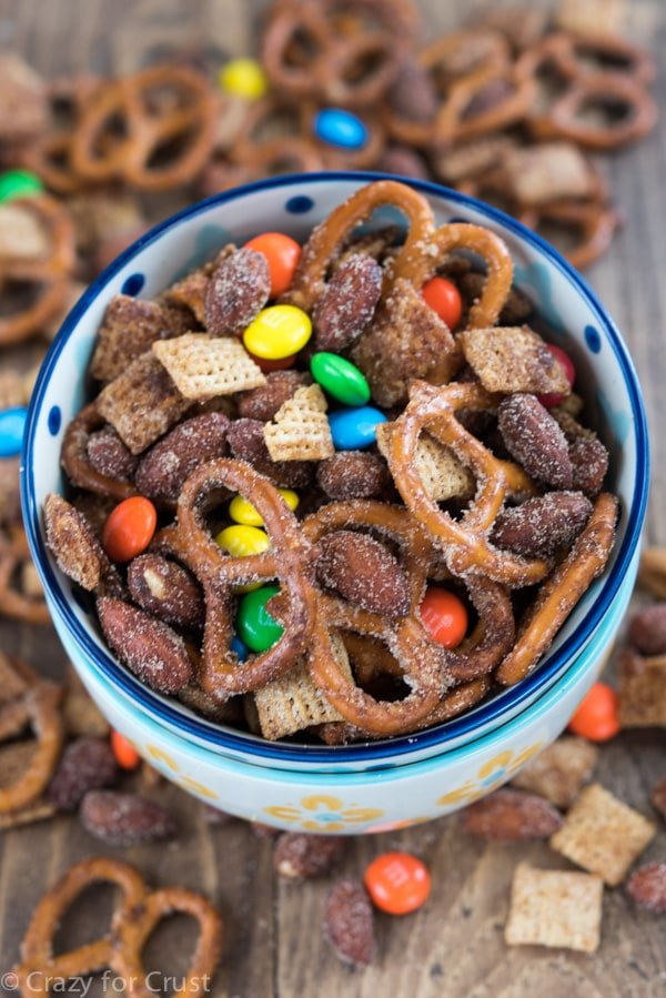 Easy Cinnamon Sugar Snack Mix Recipe