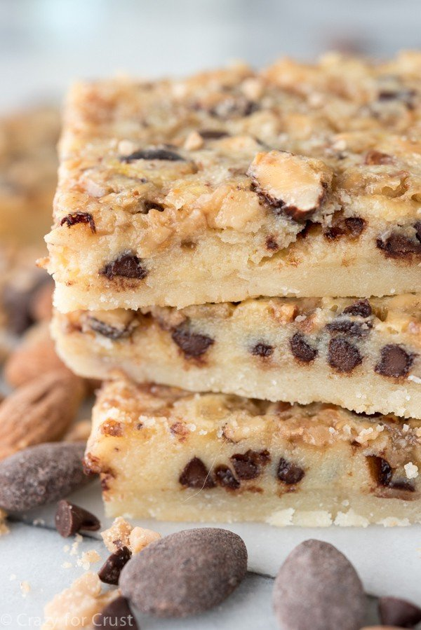 Chocolate Toffee Almond Shortbread Bars