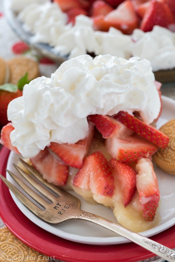 No Bake Strawberry Shortcake Pie