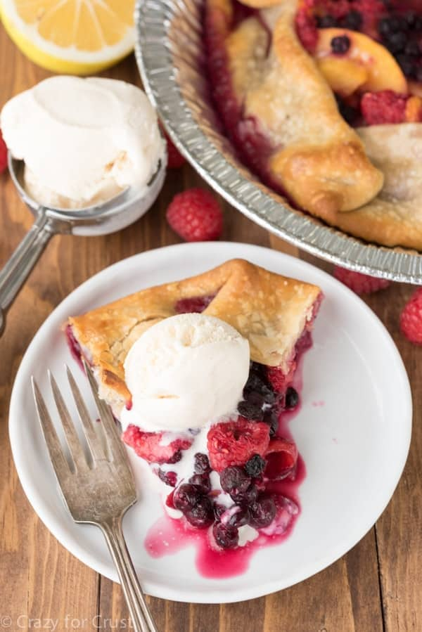 Grilled Berry Peach Pie made on the BBQ