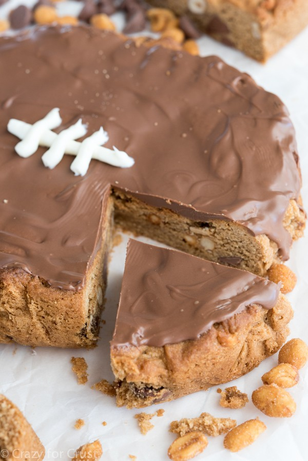 How to make a Peanut Butter Football Cookie Cake Recipe