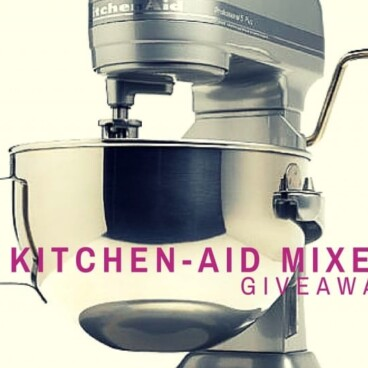 Picture of a Kitchen Aid Mixer