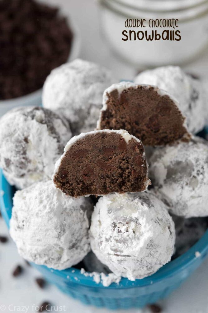 Double Chocolate Snowballs in a blue bowl