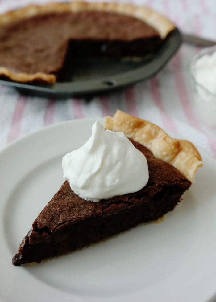 Easy-Brownie-Pie-Whipped-Cream-81c