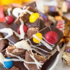 Easy Candy Bar Bark (10 of 10)