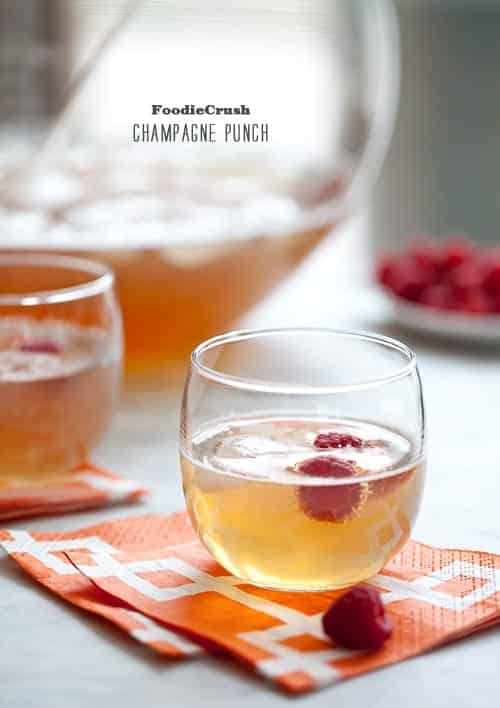 New Year's Eve Cocktail Recipes - Bubbly Champagne Punch