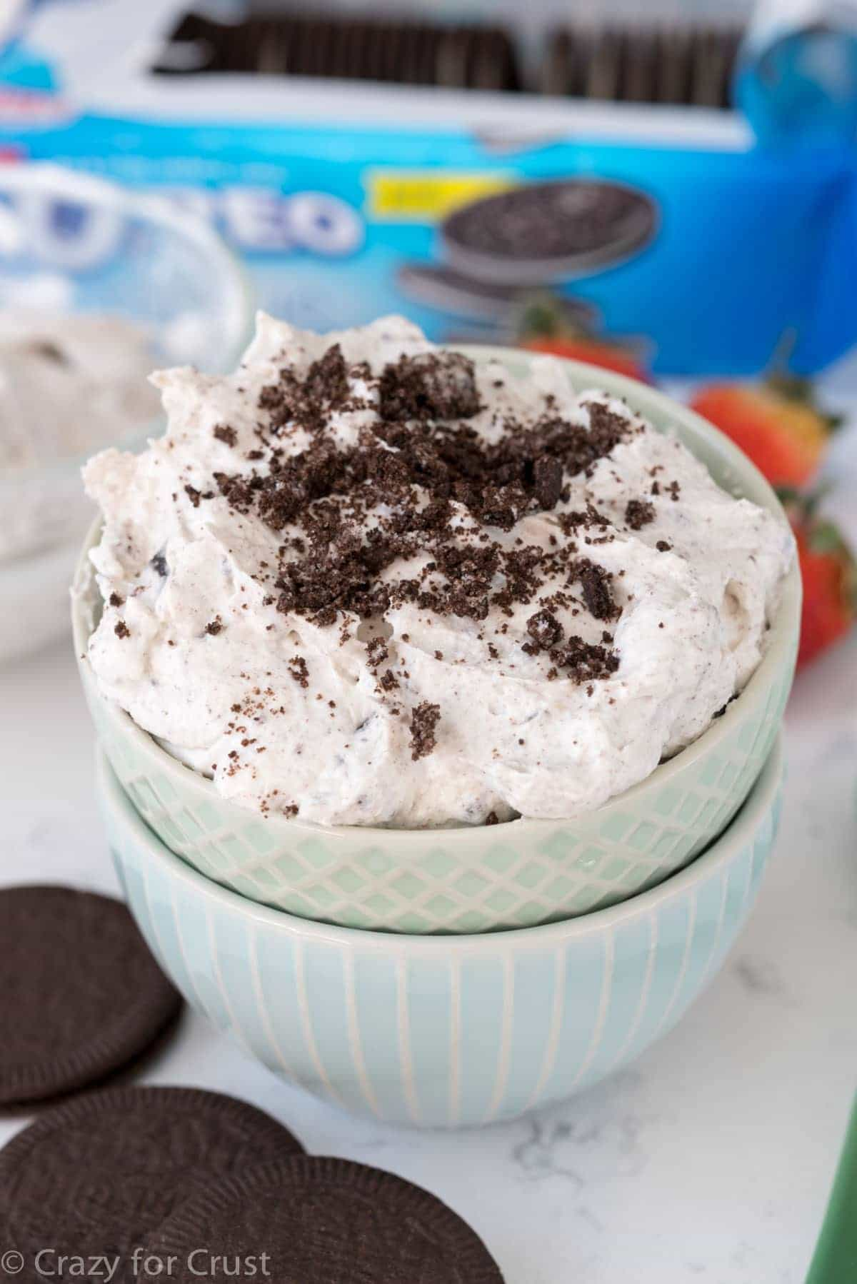 Easy Skinny Oreo Cheesecake Dessert with less calories and fat!