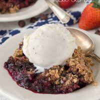 Crockpot Berry Crumble (8 of 10)w