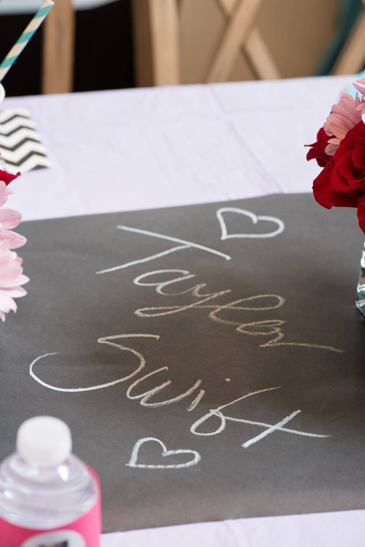 Taylor Swift Party Table Decor