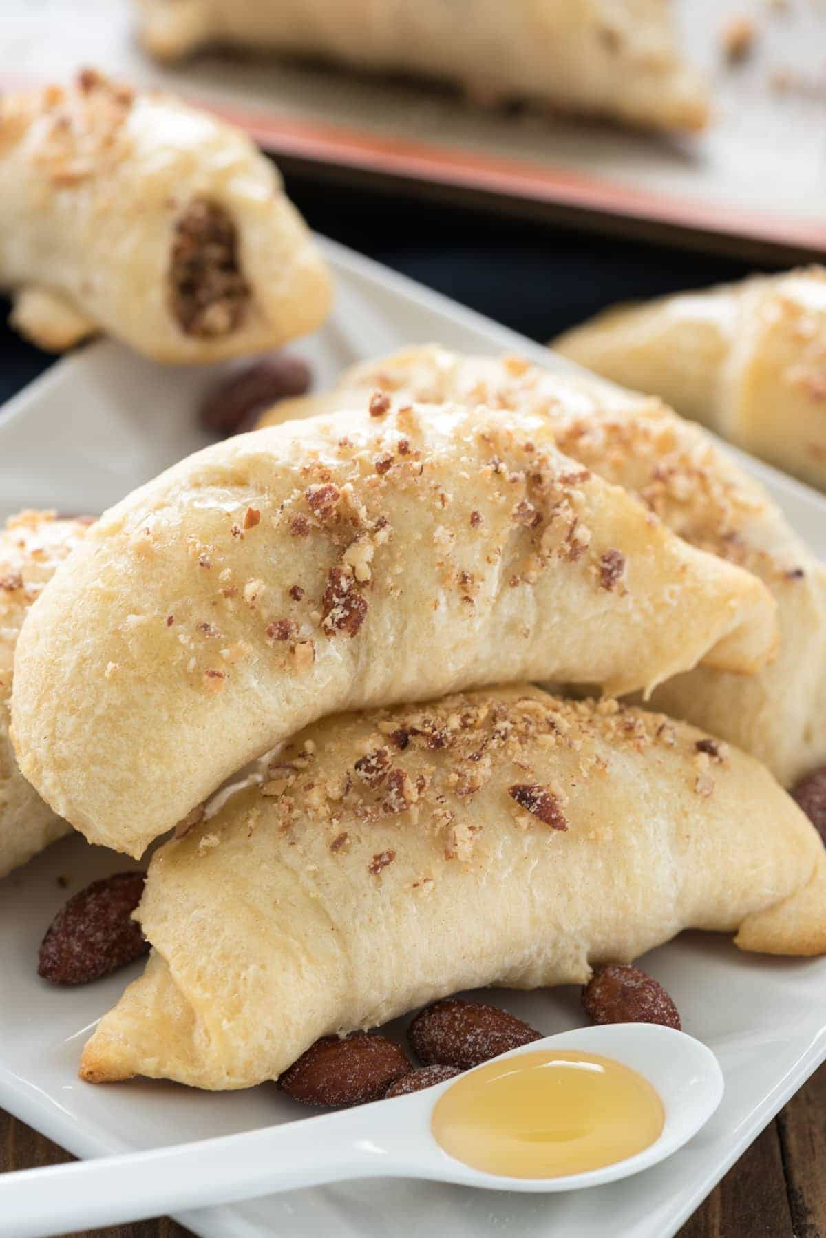 Almond Baklava Croissants Recipe - an easy brunch recipe with only 4 ingredients.
