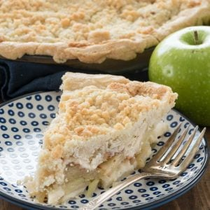 slice of crumb apple pie