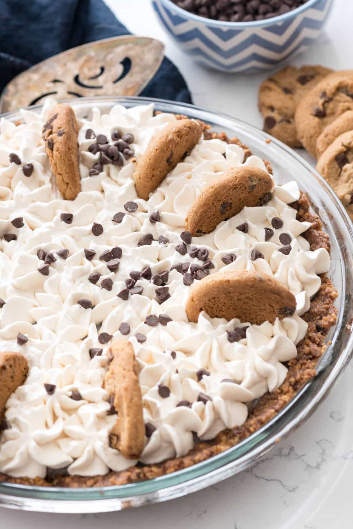 No Bake Chocolate Chip Cookie Pudding Pie
