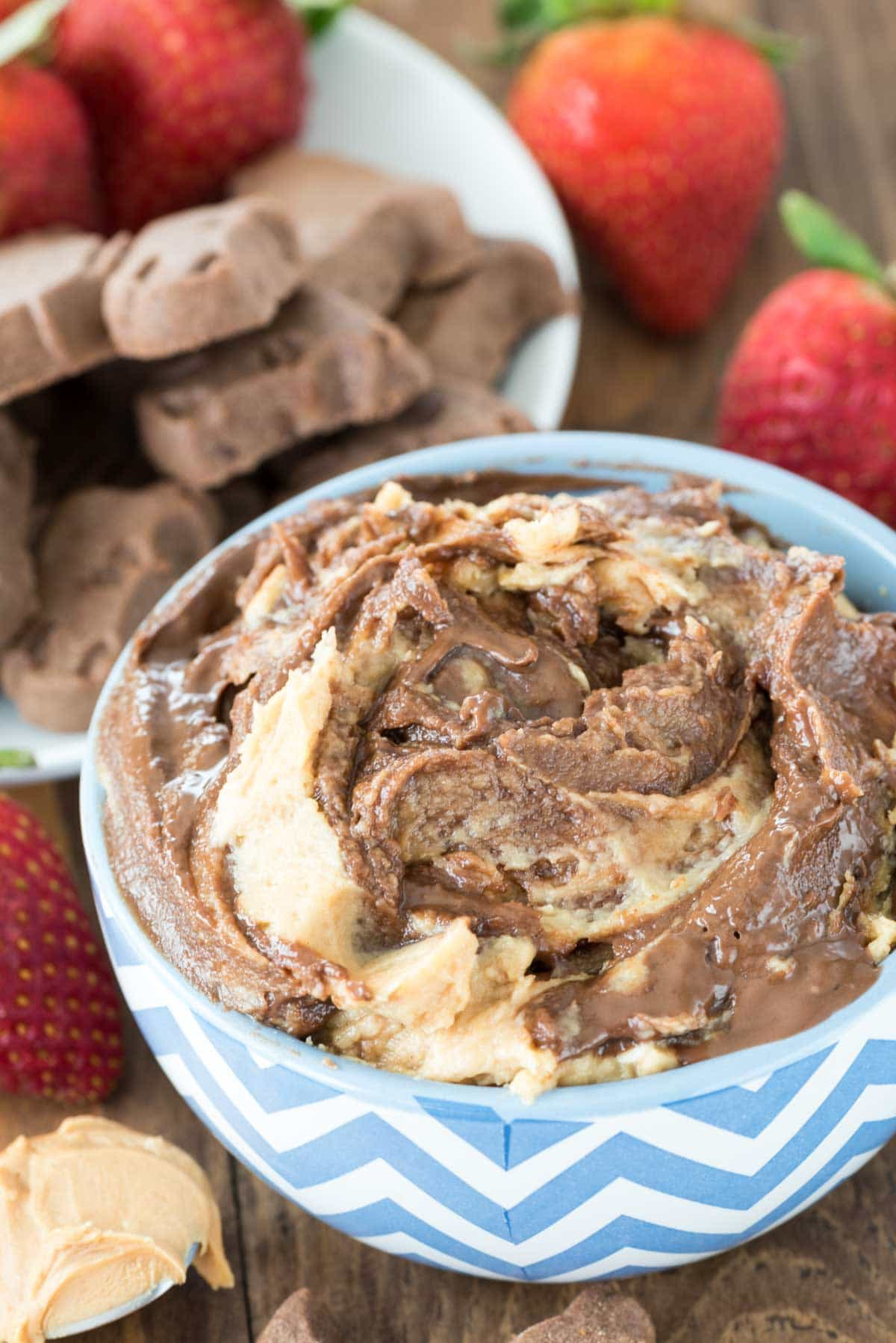 Chocolate Peanut Butter Cheesecake Dip