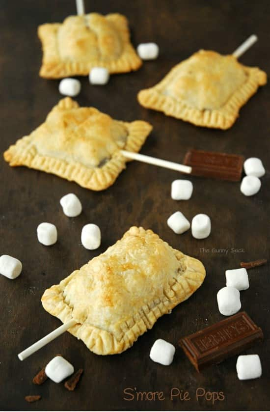 Smore_Pie_Pops_Recipe