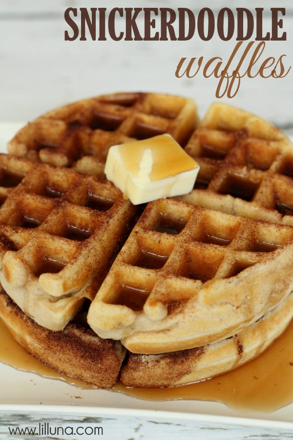 Snickerdoodle-Waffles-are-delicious-and-perfect-for-breakfast-lunch-or-dinner-lilluna.com-