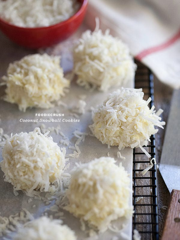 coconut-snowball-cookies