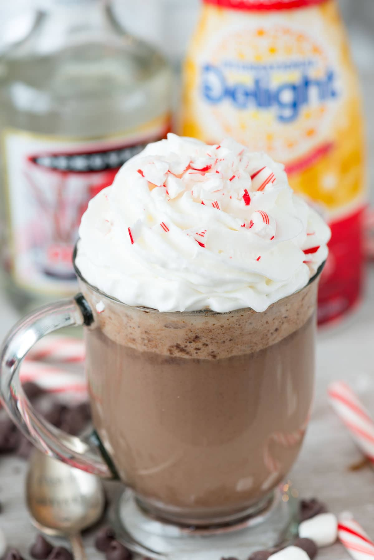 Peppermint Mocha Snuggler - an easy cocktail recipe made in the crockpot! Simple hot chocolate filled with peppermint mocha coffee creamer, espresso, and peppermint schnapps.