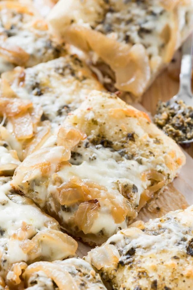 Caramelized Onion Pesto Flatbread Pizza