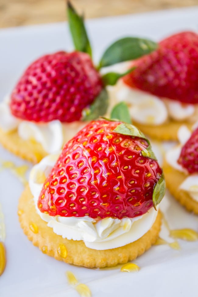Easy Strawberries and Cream Appetizer